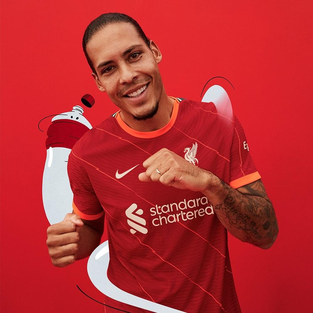 Liverpool FC 2021/22 Kit